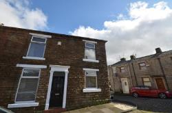 End Terrace House To Let Hoddlesden Darwen Lancashire BB3