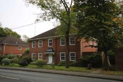 Flat To Let  Hook Hampshire RG27