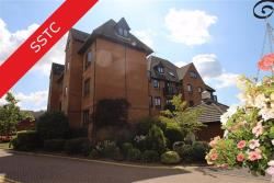 Flat For Sale Epping New Road Buckhurst Hill Essex IG9