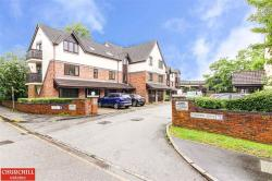 Flat To Let  Theydon Bois Essex CM16