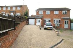 Terraced House For Sale  Chatham Kent ME5