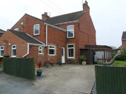 Semi Detached House To Let  Brigg Lincolnshire DN20