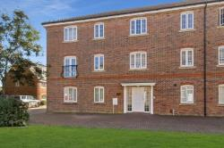 Flat For Sale  Tangmere West Sussex PO20