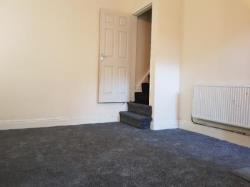 Terraced House To Let  BRADFORD West Yorkshire BD7