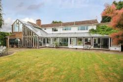 Detached House For Sale  Chesham Buckinghamshire HP5