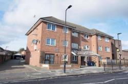 Flat For Sale 225  Oldfield Lane North Greenford Middlesex UB6