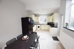 Room To Let  Fenton Staffordshire ST4