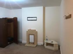 Flat To Let  Gloucester Gloucestershire GL14