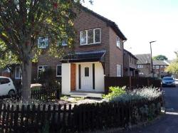 Terraced House To Let  London Greater London E6