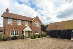 Detached House For Sale  Dunstable Bedfordshire LU6