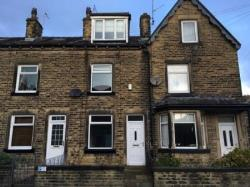 Terraced House To Let  Bingley West Yorkshire BD16