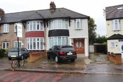Semi Detached House To Let  Ilford Essex IG5