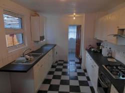 Terraced House To Let  London Greater London N18