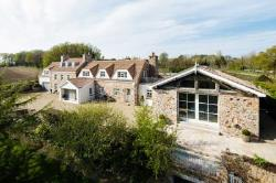 Terraced House For Sale  St Lawrence Channel Islands JE3