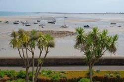 Flat For Sale  St Martin Channel Islands JE3