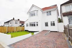 Detached House To Let  Harrow Middlesex HA3
