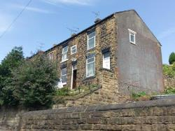 Terraced House To Let  Leeds West Yorkshire LS27