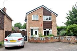 Detached House To Let  Leicester Leicestershire LE4