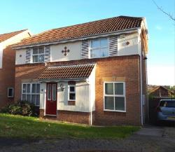Detached House To Let  Leeds West Yorkshire LS7
