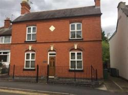 Detached House To Let  Kirby Muxloe Leicestershire LE9