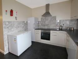 Semi Detached House To Let  Reading Berkshire RG2