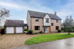 Detached House To Let  Swaffham Norfolk PE37