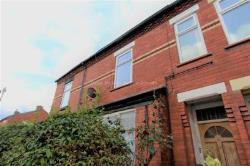 Flat To Let  Manchester Greater Manchester M19