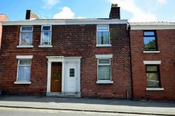 Terraced House To Let  Preston Lancashire PR4