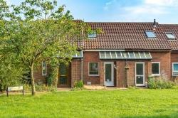 Terraced House For Sale  Milton Keynes Buckinghamshire MK4