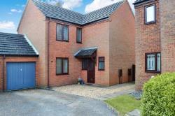 Detached House To Let  Milton Keynes Buckinghamshire MK14