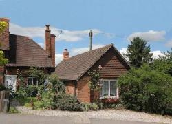 Semi Detached House For Sale  Reading Berkshire RG7