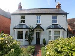 Detached House For Sale  Reading Berkshire RG8