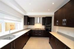 Terraced House To Let  Swiss Cottage Greater London NW6