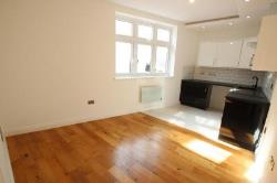 Flat To Let  Southall Middlesex UB2