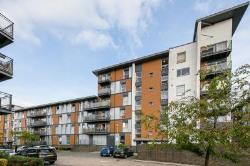 Flat For Sale  CRAWLEY West Sussex RH10