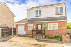 Detached House For Sale  Peterborough Cambridgeshire PE3