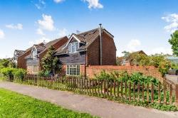Detached House For Sale Wouldham Rochester Kent ME1