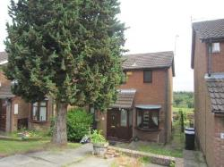 Semi Detached House To Let High Spen Rowlands Gill Tyne and Wear NE39