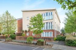 Flat For Sale Hythe Southampton Hampshire SO45