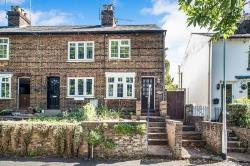 Terraced House For Sale  Kings Langley Hertfordshire WD4