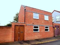 Detached House To Let  Northampton Northamptonshire NN1