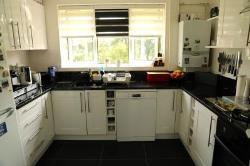 Flat For Sale  Barnet Hertfordshire EN4