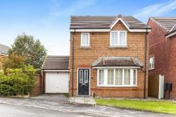 Detached House To Let  Bolton Greater Manchester BL1