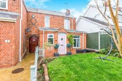 Semi Detached House For Sale Sidemoor Bromsgrove Worcestershire B61