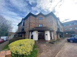 Flat For Sale  Bow Arrow Lane Kent DA2