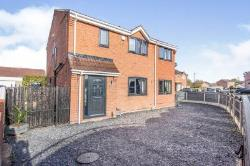 Detached House For Sale  Dunscroft South Yorkshire DN7