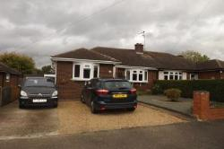 Semi - Detached Bungalow For Sale  Dunstable Bedfordshire LU5
