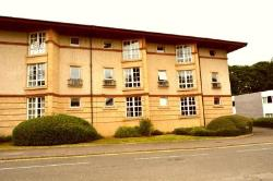 Flat To Let  Fortuna Court Falkirk FK1