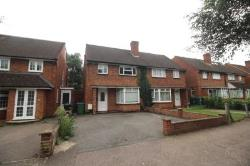 Semi Detached House To Let  Watford Hertfordshire WD25