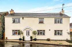 Detached House For Sale  Barmby-On-The-Marsh East Riding of Yorkshire DN14